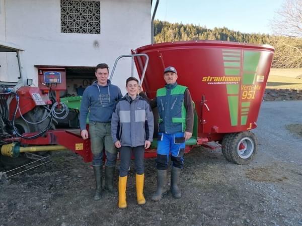 Maschinenübergabe – Futtermischwagen Vertimix 961